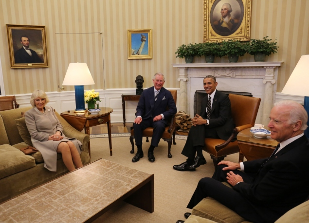 The foursome hung out in the Oval Office. (Photo: Chris Radburn-Pool/Getty Images)