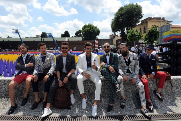 FLORENCE, ITALY - JUNE 16:  Fashion Blogger Mariano Di Vaio (C) and actor and blogger Paolo Stella (3rd-L) take a photo with during the Pitti Uomo 88 at Galleria Contemporary on June 16, 2015 in Florence, Italy.  (Photo by Laura Lezza/Getty Images)