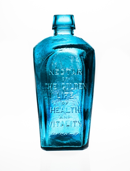 Tonic Bottles/Sakara Life Day/Night Waters PHOTO: Emily Assiran/New York Observer