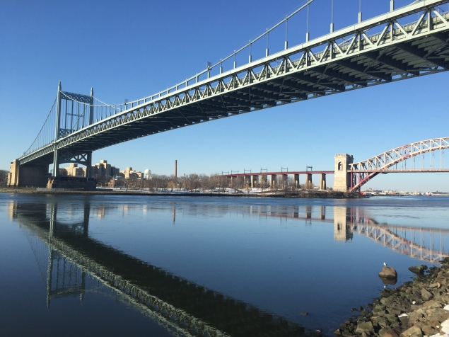 The glorious view from Astoria Park. (Photo: Jordyn Taylor)