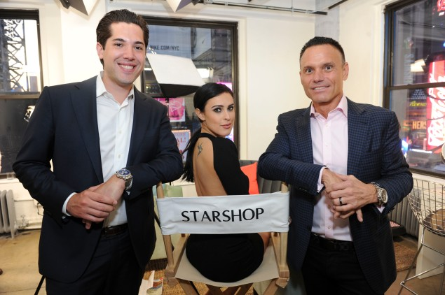 StarShop president Brian Harrington, Rumer Willis and CEO Kevin Harrington . (Photo: Michael Simon/startraksphoto.com)