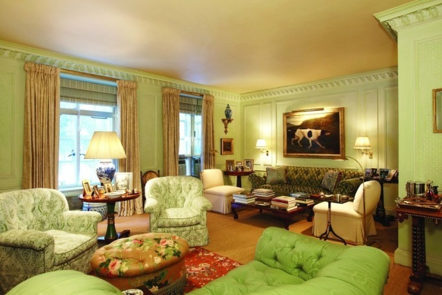 The princess's suitably stately sitting room.