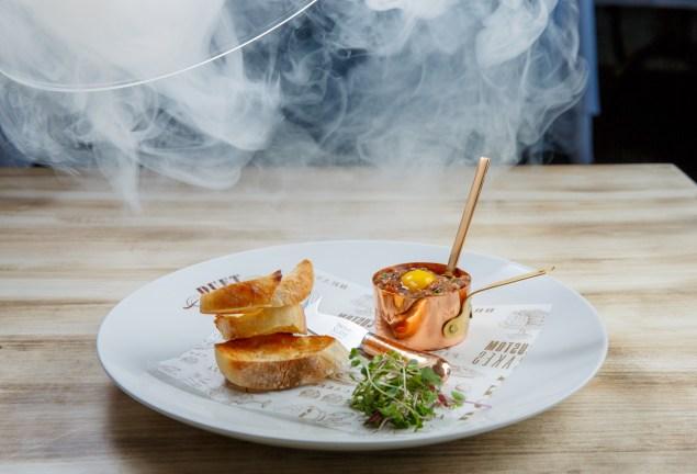 Duet Brasserie's smoked kobe beef tartare. (Photo: Duet Brasserie)