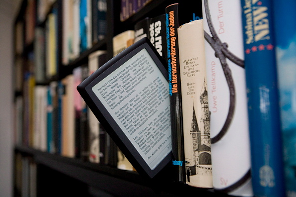 The fatal symbolism of the e-reader (Photo: Ulrich Baumgarten/Getty Images)