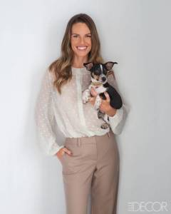 No word yet on if the apartment includes the puppy. (Elle Decor)