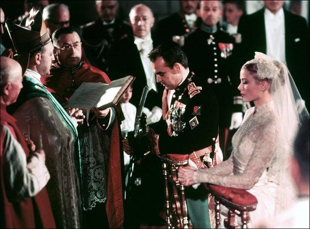 The wedding ceremony of Grace Kelly and Prince Rainier III.  (Photo: AFP/Getty Images)