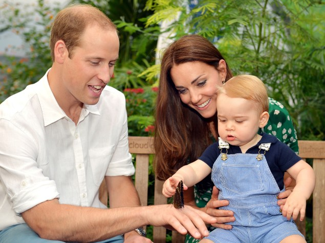 Prince George definitely loves animals. (Photo: AFP PHOTO/John Stillwell/POOL EDITORIAL USE ONLY        (Photo credit should read JOHN STILLWELL/AFP/Getty Images)