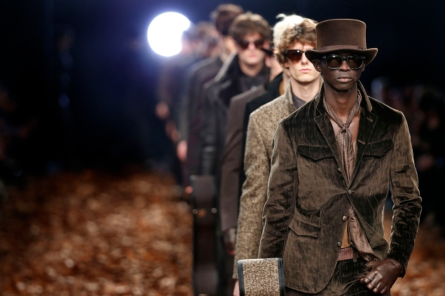 MILAN, ITALY - JANUARY 17: A model walks the runway at the John Varvatos Autumn Winter 2015 fashion show during Milan Menswear Fashion Week on January 17, 2015 in Milan, Italy. (Photo by Victor VIRGILE/Gamma-Rapho via Getty Images)