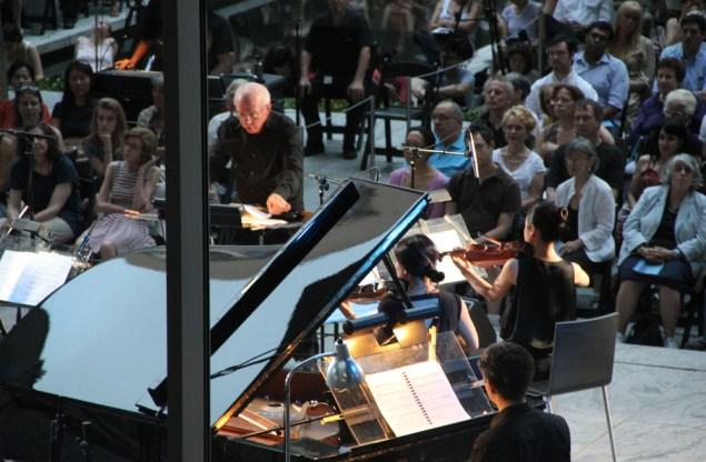 Joel Sachs and The New Juilliard Ensemble. (Photo: Ted Sullivan)