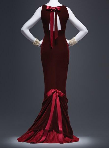A dress from Oscar de la Renta: His Legendary World of Style (Photo: Courtesy)
