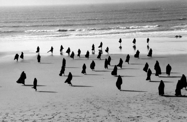 Shirin Neshat, Rapture Series, (1999). (Photo: Gladstone Gallery)