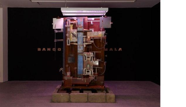 Michael Stevenson, The Fountain of Prosperity, 2007. (Photo: courtesy of Colección Patricia Phelps de Cisneros)