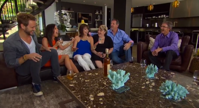 """""""who needs 7 couches when we can all share 1!!!"""" (Photo: ABC)"""