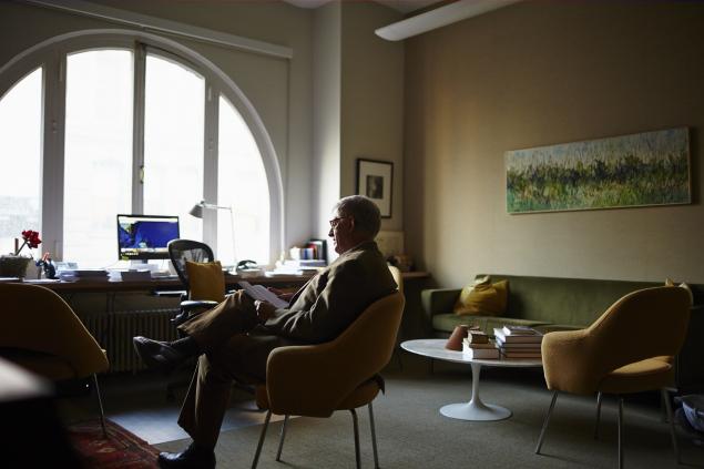FSG head Jonathan Galassi in his office on West 18th Street. (Photo: Yvonne Albinowski/New York Observer)