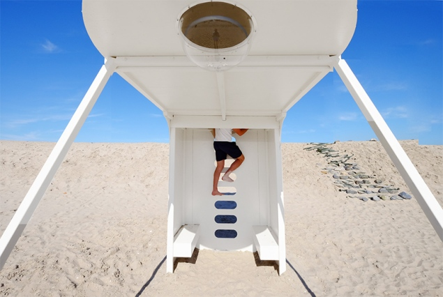 Upside Down You Turn Me, Rob Sweere. (Photo: Courtesy Designboom)