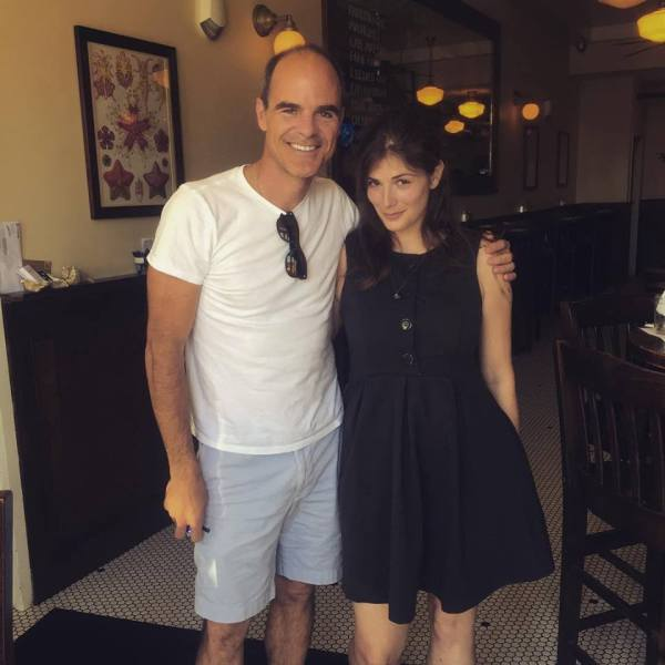 """Actor Michael Kelly and I pose for the cutest """"last known location"""" photo ever."""