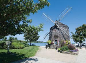 Sag Harbor Village Windmill. (Brown Harris Stevens, Flickr)