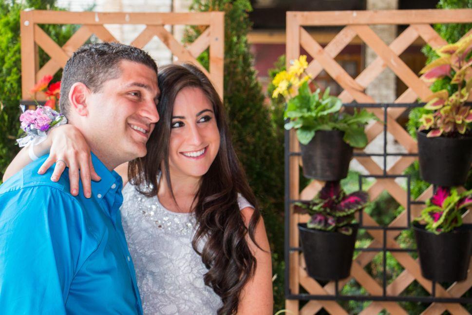 Amy and Jason, a JDate success story. (Photo: Yossi Percia/JDate)