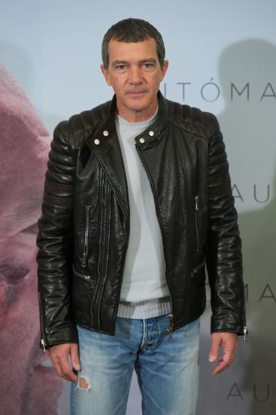 """MADRID, SPAIN - JANUARY 20: Spanish actor Antonio Banderas attends the """"Automata"""" photocall at the Intercontinental Hotel on January 20, 2015 in Madrid, Spain. (Photo by Carlos Alvarez/Getty Images)"""