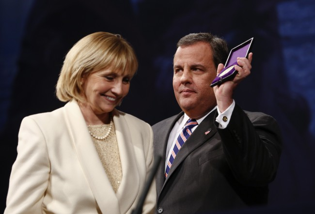Kim Guadagno and Chris Christie after he was sworn in for his second term on January 21, 2014 at the War Memorial in Trenton, New Jersey. (Jeff Zelevansky/Getty Images)