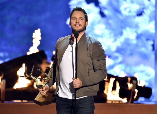 """Chris Pratt accepting Spike TV's """"Guy of the Year"""" award in June. (Photo: Getty)"""