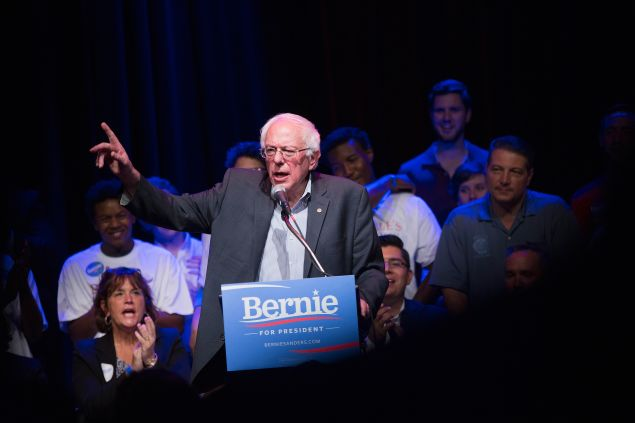 CHICAGO, IL - AUGUST 17: Democratic presidential candidate U.S. Sen. Bernie Sanders (I-VT) speaks to supporters gathered for a meet-and-greet fundraising reception at the Park West on August 17, 2015 in Chicago, Illinois. Sanders' visit to Chicago follows a campaign trip to Iowa. (Photo by Scott Olson/Getty Images)