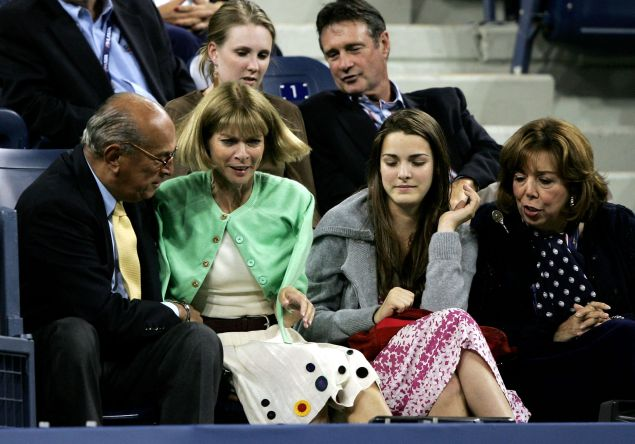 Anna Wintour at the 2005 U.S. Open. (Photo: Clive Brunskill/Getty Images)