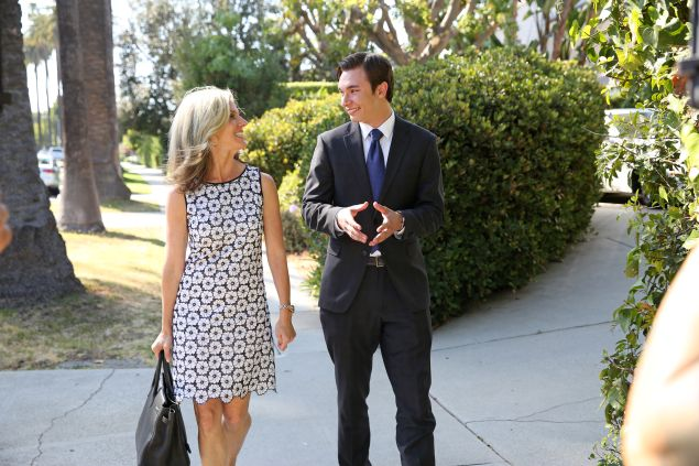 "JOB OR NO JOB - ""Los Angeles - Real Estate"" - (ABC Family/Adam Taylor) JANE BUCKINGHAM, ROBERT MORIN"