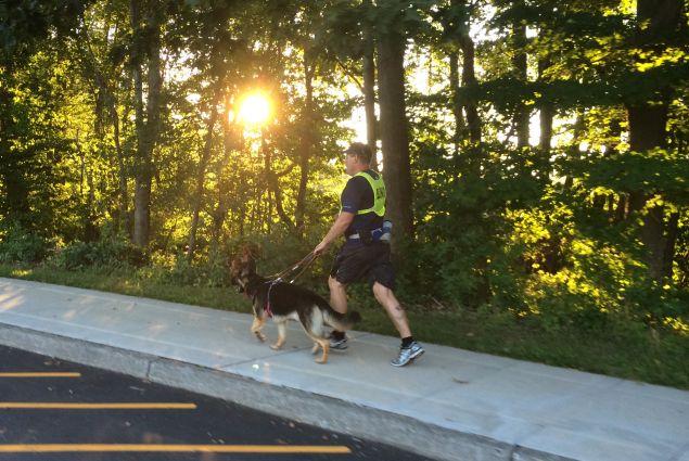 Richard Hunter and Klinger, running at sunrise. (Photo: Guiding Eyes for the Blind)