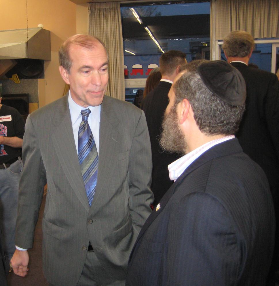 Scott Garrett talks with Rabbi Shmuley Boteach at a Bergen County GOP event in 2012 (Photo: Kevin B. Sanders for PolitickerNJ)