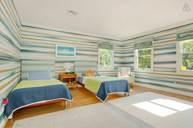 A fun room for kids...or kids at heart. Photo: Airbnb)