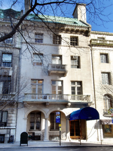 The now-shuttered Knoedler Gallery. (Photo: Sotheby's International Realty)
