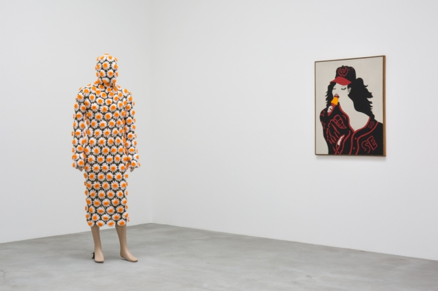 Installation view of 522 West 22nd Street. Left to right: Forcefield, P LobeShroud, 1995-2015; and Karl Wirsum, Baseball Girl, 1964.