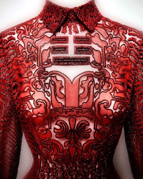 "Valentino dress ""Shanghai"" collection, 2013. (Photo: Courtesy of the Met)"