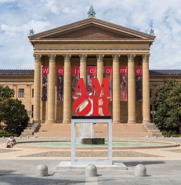 Robert Indiana, AMOR, 1998. (Photo: Philadelphia Museum of Art)
