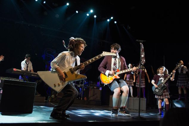 Alex Brightman and the cast of the School of Rock. (Photo: Timmy Blupe)