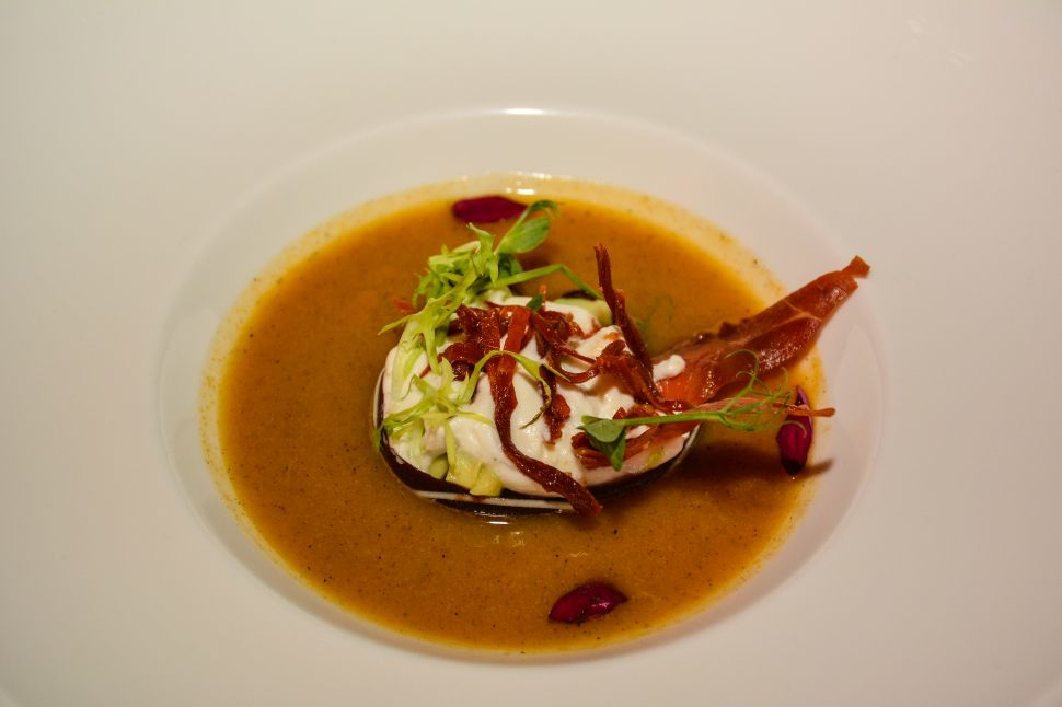 Chilpoctli Cream Soup by Chef Antionio Ramirez (Photo: Nizuc).