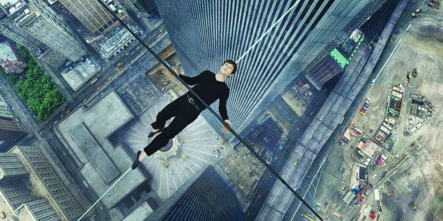 Joseph Gordon-Levitt as Philippe Petite The Walk.