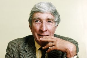 PARIS, FRANCE - APRIL 18. American writer John Updike poses during portrait session held on April 18, 1986 in Paris, France. (Photo by Ulf Andersen/Getty Images)