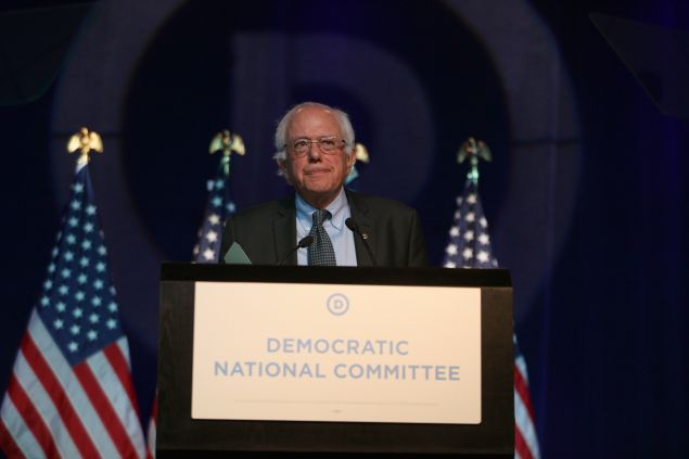 MINNEAPOLIS, MN - AUGUST 28: Democratic Presidential candidate Bernie Sanders speaks at the Democratic National Committee summer meeting on August 28, 2015 in Minneapolis, Minnesota. Most of the Democratic Presidential candidates including Sanders , Hillary Clinton, Martin O'Malley and Lincoln Chafee are attending at the event. (Photo by Adam Bettcher/Getty Images)