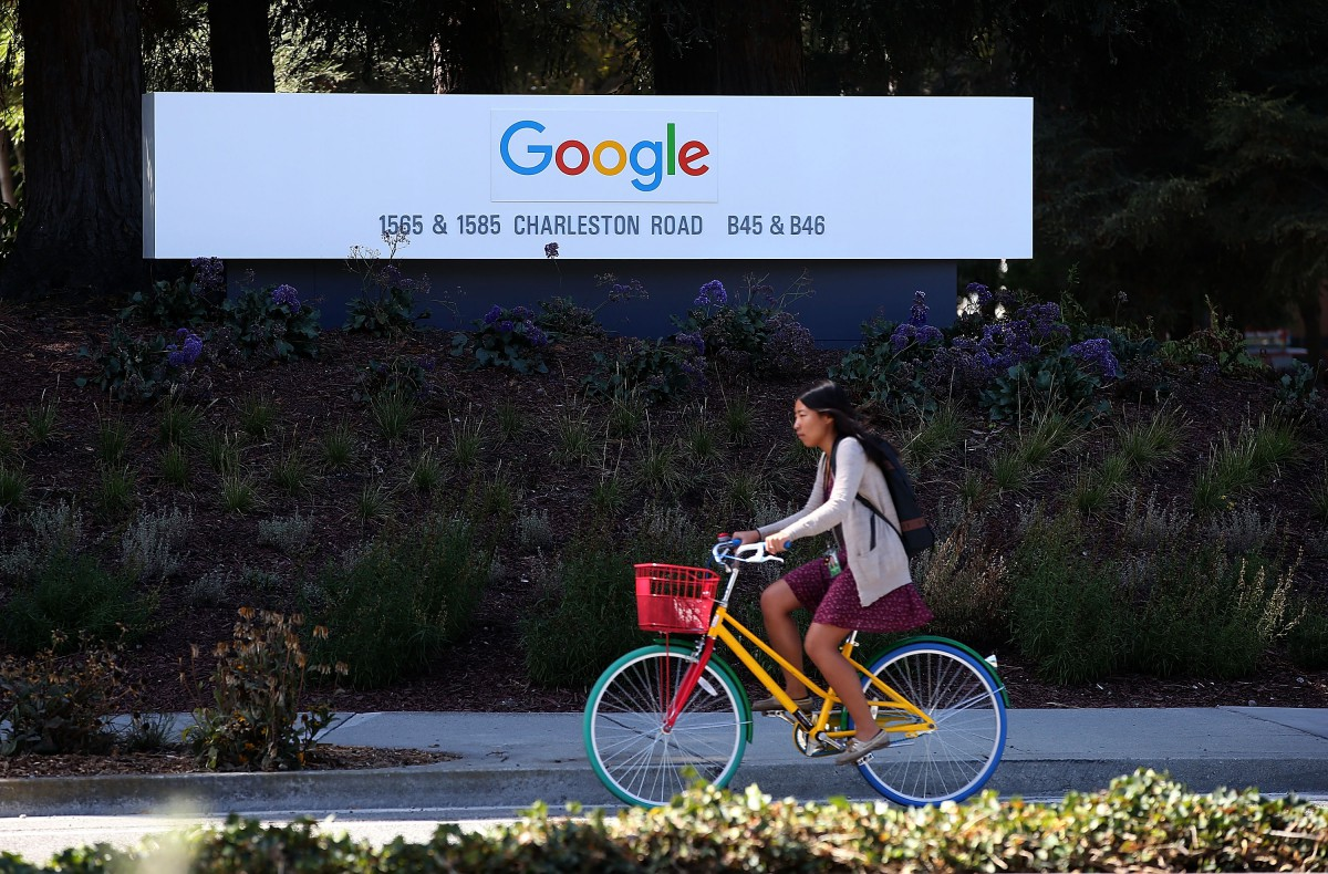 Interest in Google Contributor perks back up now that adblocking has come to mobile Safari. (Photo: Justin Sullivan/Getty Images)