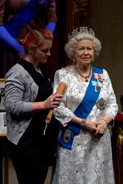 Ah, the royal lint brush. (Photo: Ben Pruchnie/Getty Images)
