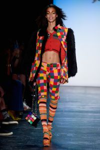 A clown-y look. (Photo: Getty Images)
