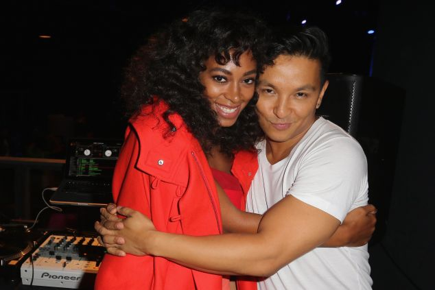 Prabal Gurung and Solange Knowles get cozy (Photo: Getty Images).