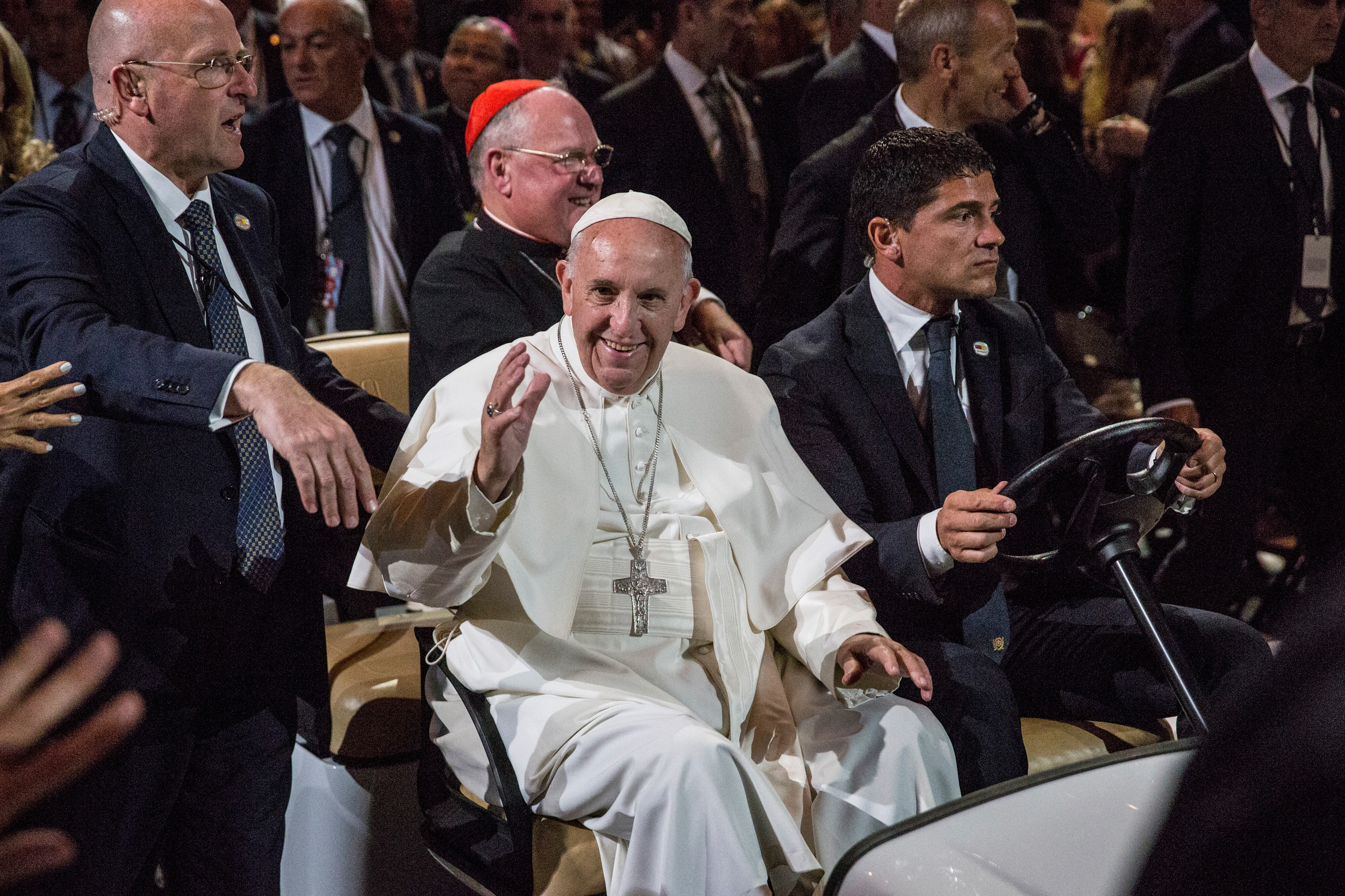 Pope Francis arrives to celebrate Mass at Madison Square Garden on September 25, 2015 in New York City. (Photo by Andrew Burton/Getty Images)