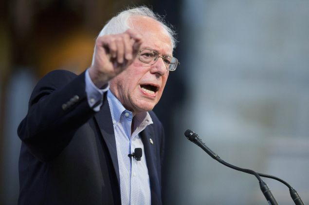 CHICAGO, IL - SEPTEMBER 28: Democratic presidential candidate Senator Bernie Sanders (I-VT) speaks to guests at an event sponsored by Institute of Politics at the University of Chicago on September 28, 2015 in Chicago, Illinois. Sanders is currently polling second behind Hillary Clinton in the Democratic race for the nomination (Photo by Scott Olson/Getty Images)