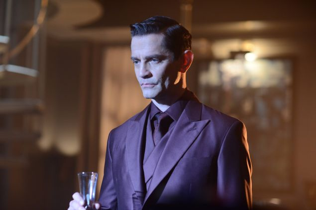 GOTHAM: Theo Galavan (James Frain) in the ÒDamned if you Do,É Ó Season Two premiere of GOTHAM airing Monday, Sept. 21 (8:00-9:00 PM ET/PT) on FOX. ©2015 Fox Broadcasting Co. Cr: Nicole Rivelli/FOX