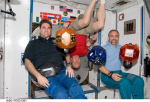 Richard Garriott, far right, on board the International Space Station in 2008, with two other astronauts. (Photo: NASA/Public Domain)