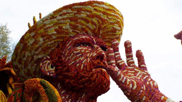 Van Gogh in his wide-brimmed straw hat. (Photo: via Juxtapoz)