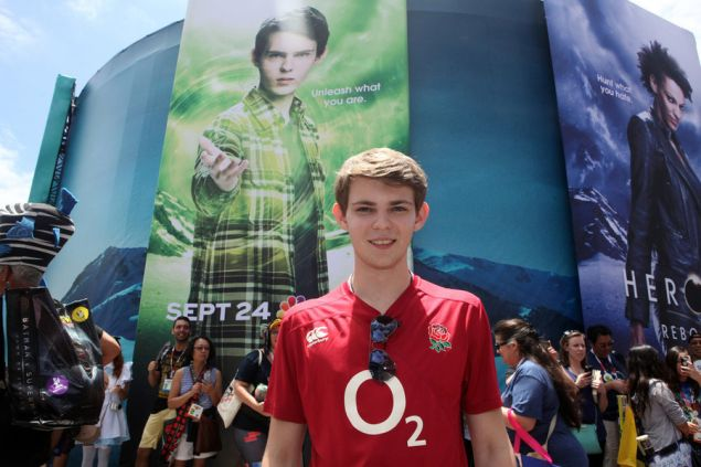 "Robbie Kay of ""Heroes Reborn"" at Comic-Con. Aw, but he's so cute! Is he? IS HE? (Photo: David Yeh/NBC)"